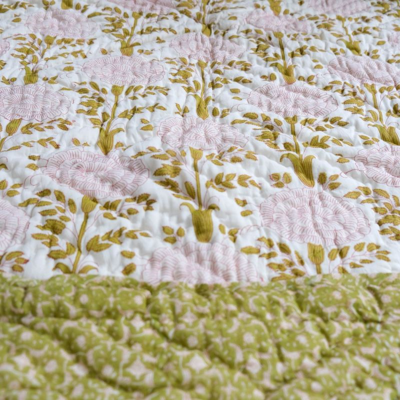Red aster quilt