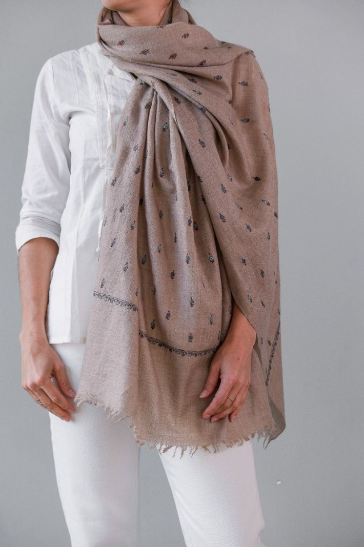 Shawl, pashmina, reversable, hand embroidered on both sides